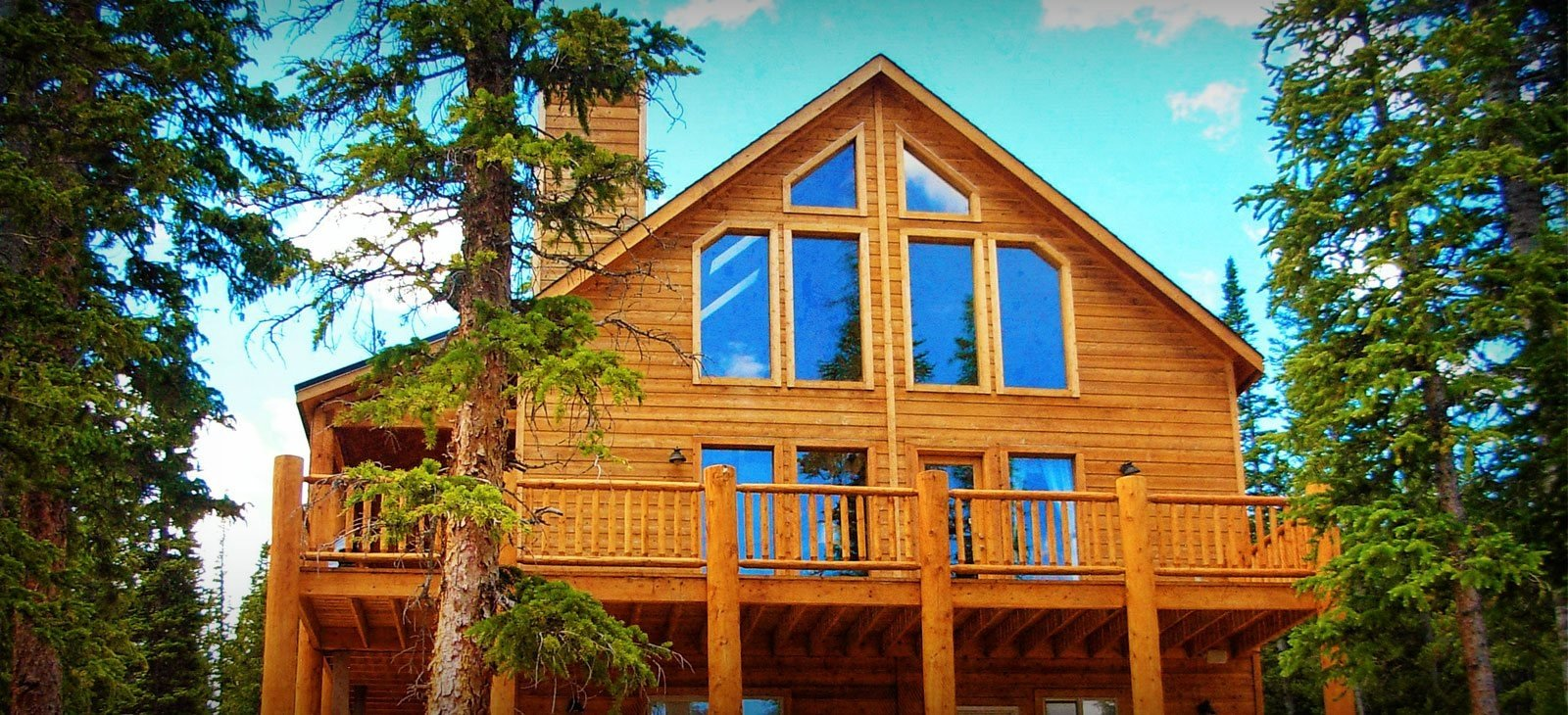 Colorado homes with timber frame design